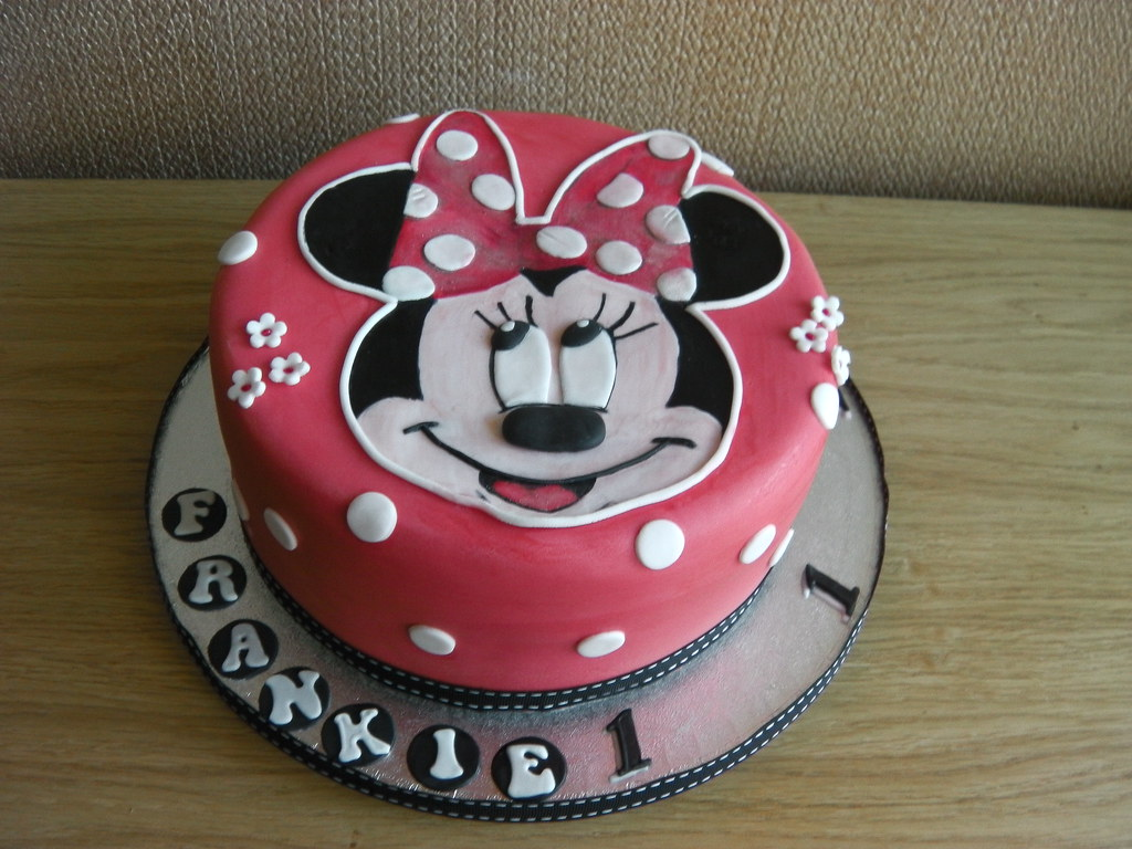 Minnie Mouse 1st Birthday Cake Mandys Homemade Cakes Flickr
