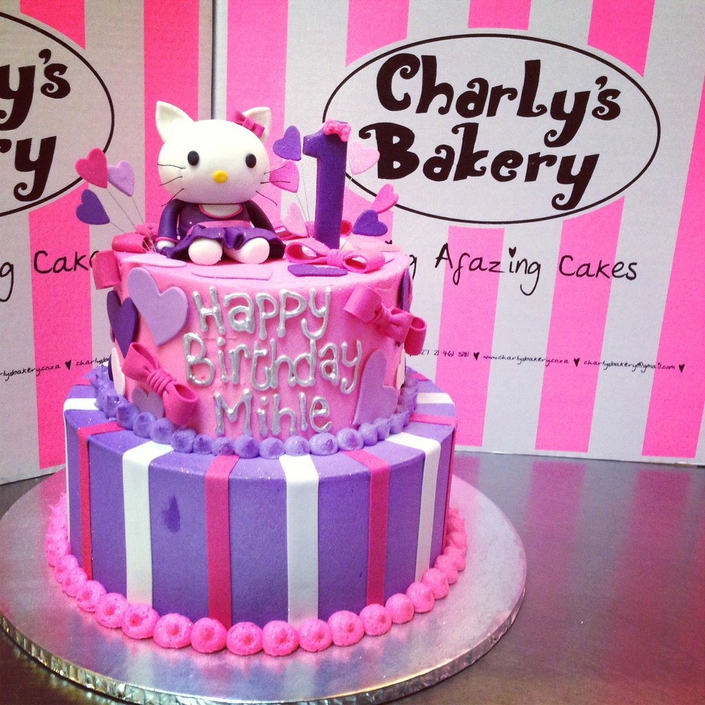 2 Tier Hello Kitty Cake Charlys Bakery Flickr