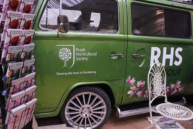 RHS bus