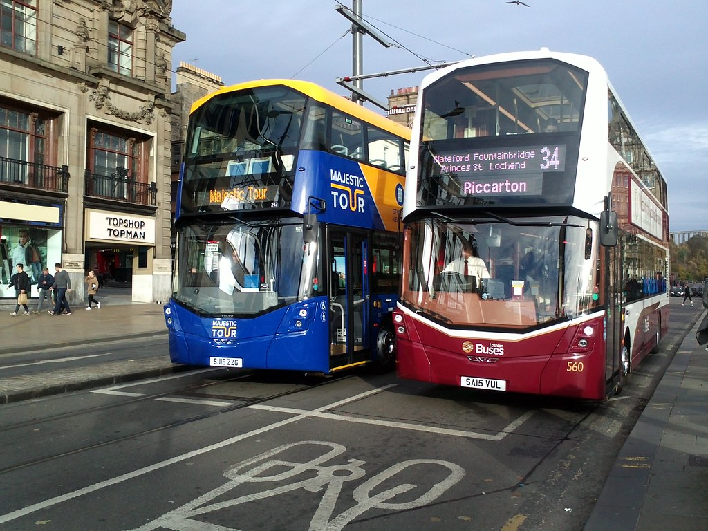 lothian buses 560 sa15vul route 34, and 243 sj16zzg open t… | flickr