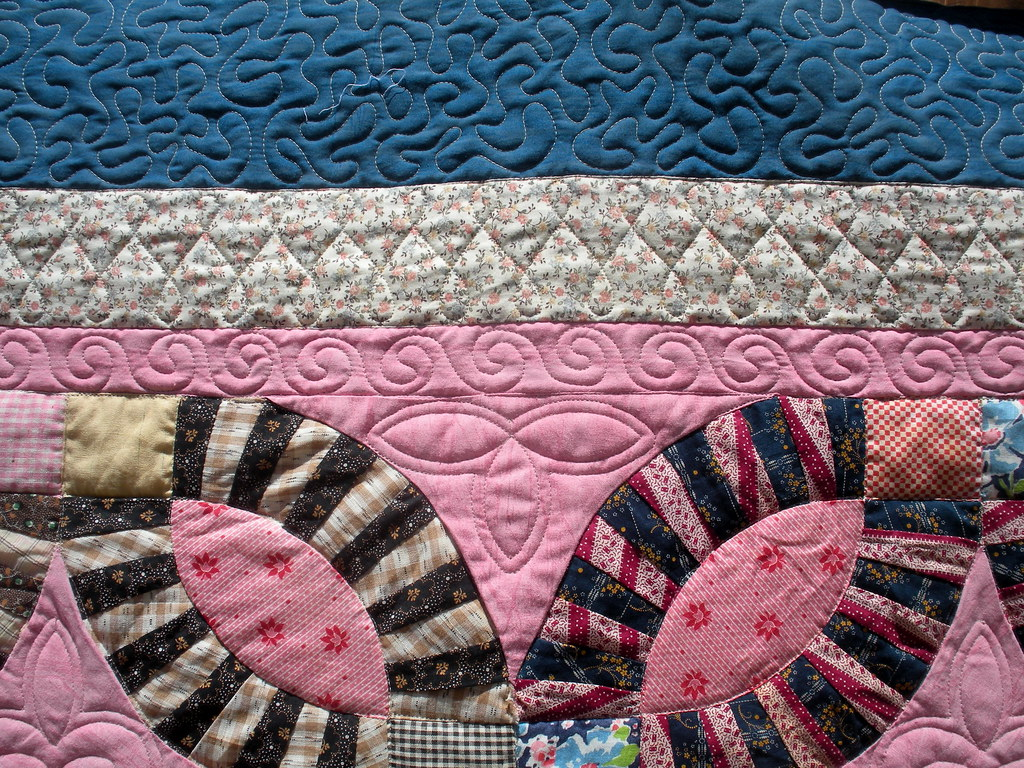 PINK DOUBLE WEDDING RING ANTIQUE QUILT - AFTER QUILTING - … | Flickr