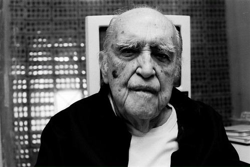 Oscar Niemeyer - portrait 02