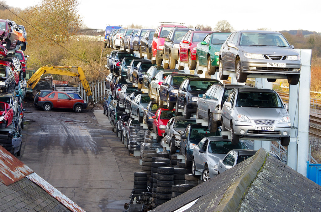 car wreckers Sydney - cash for scrap cars removal