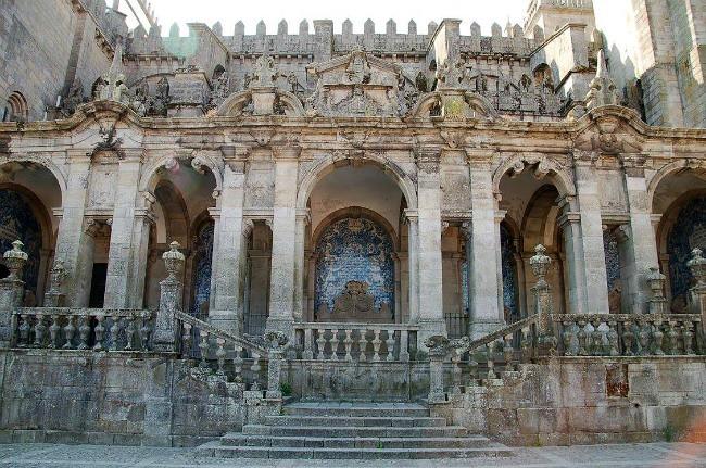 Porto - Sé do Porto e chiostro interno (2)
