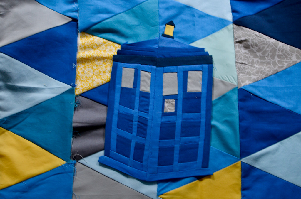 Tardis Quilt On Isosceles Triangle Quilt Pieces I Created Flickr