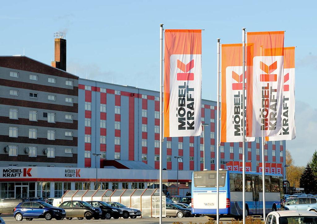 3443 Fahnen Und Eingang Zum Möbelhaus Möbel Kraft In Bad Flickr
