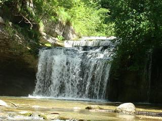 034 een van de kleinere watervallen
