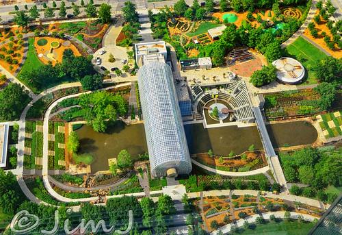Crystal Bridge And Myriad Botanical Gardens This Park Is