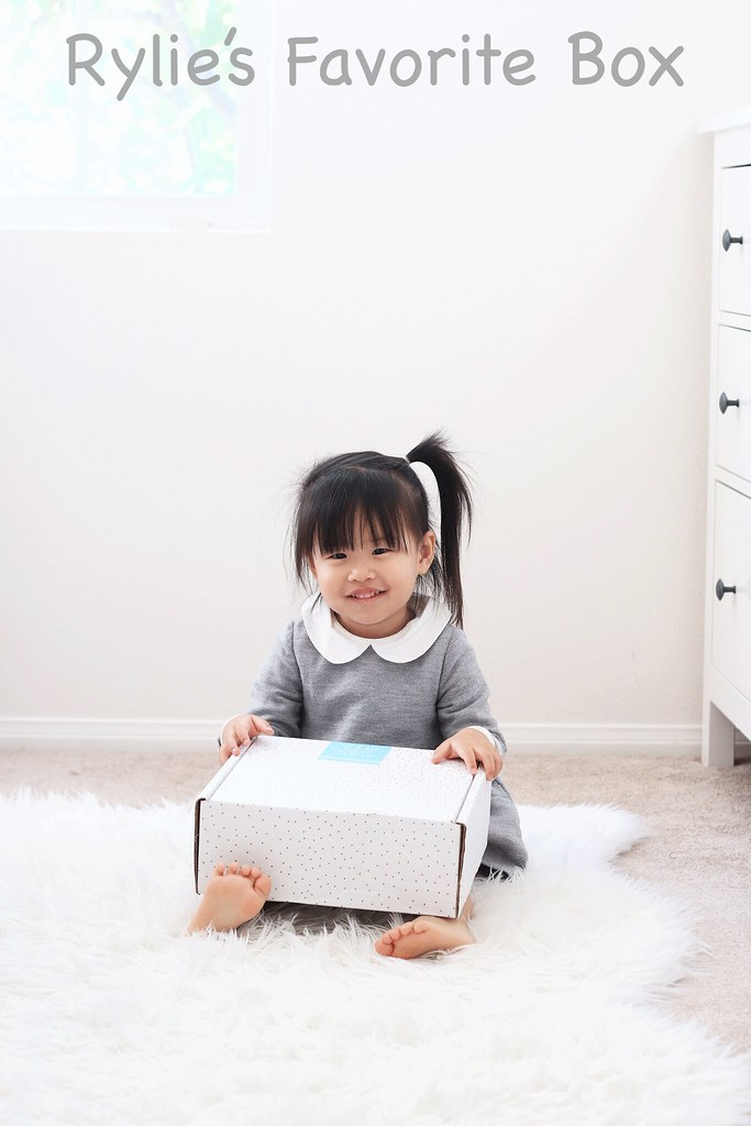 simplyxclassic, monthly box, kids box subscription, kids fashion, toddler fashion, christmas gift idea, gift guide, kids presents, lifestyle blogger, fashion blogger,