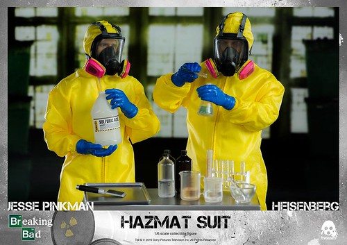 Breaking Bad Heisenberg & Jesse Hazmat Suit Combo 6