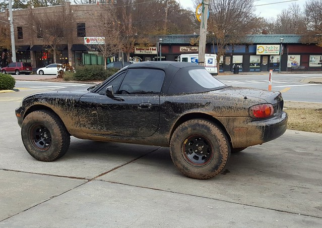 Muddy lifted Miata