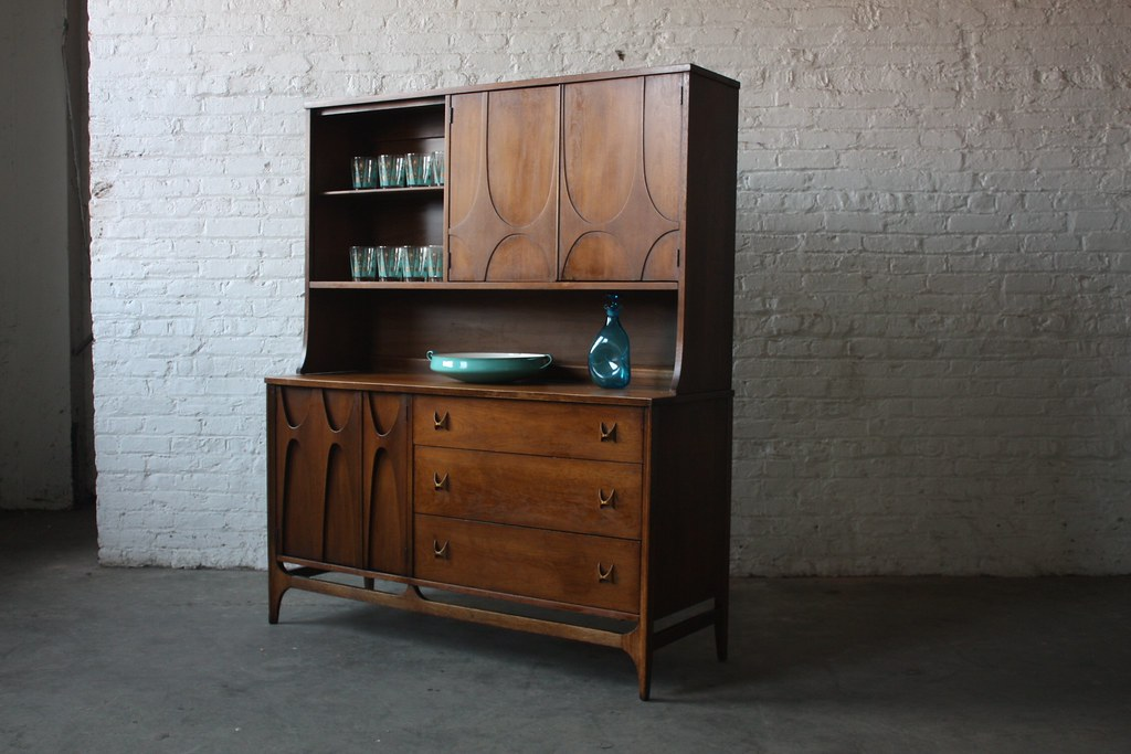 Superb Broyhill Brasilia Mid Century Modern Sideboard With Hutch Usa 1960s  By