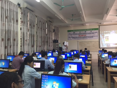 Training session on least-cost ration software