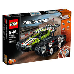 LEGO Technic 42065 RC Tracked Car 1