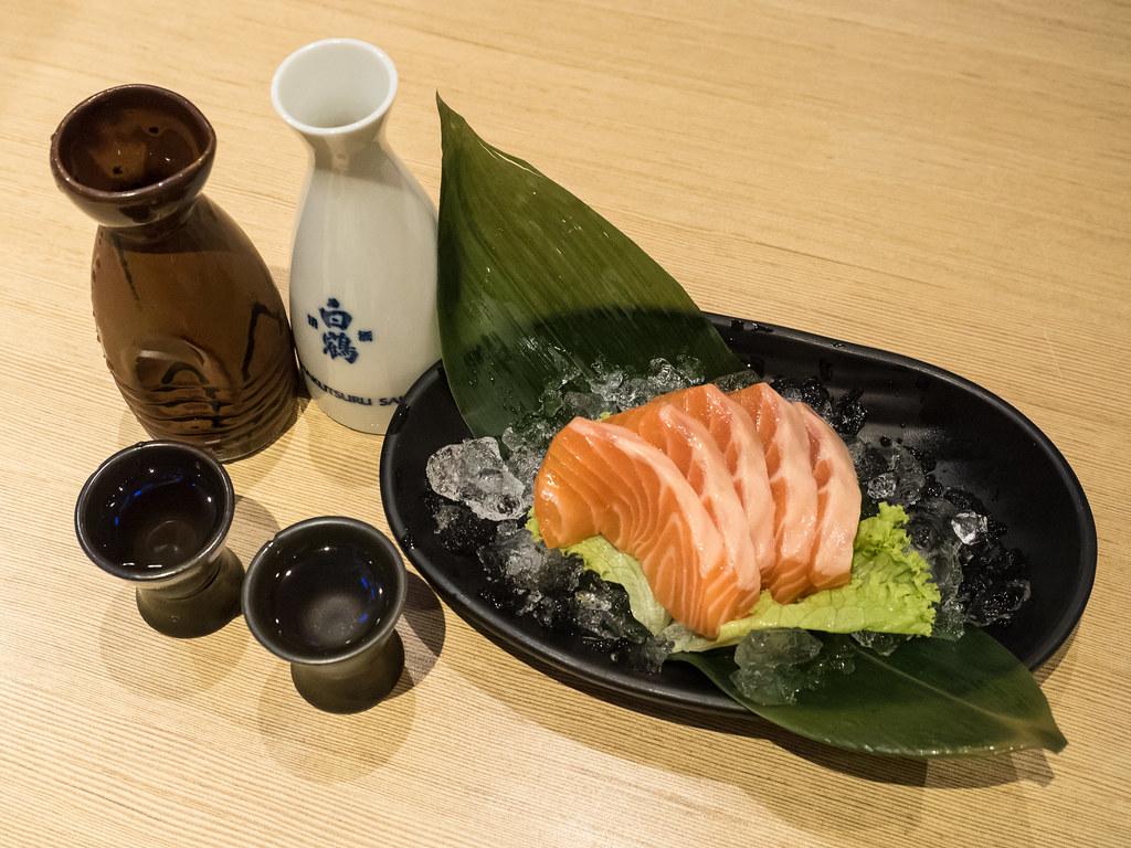Salmon Sashimi & House Sake