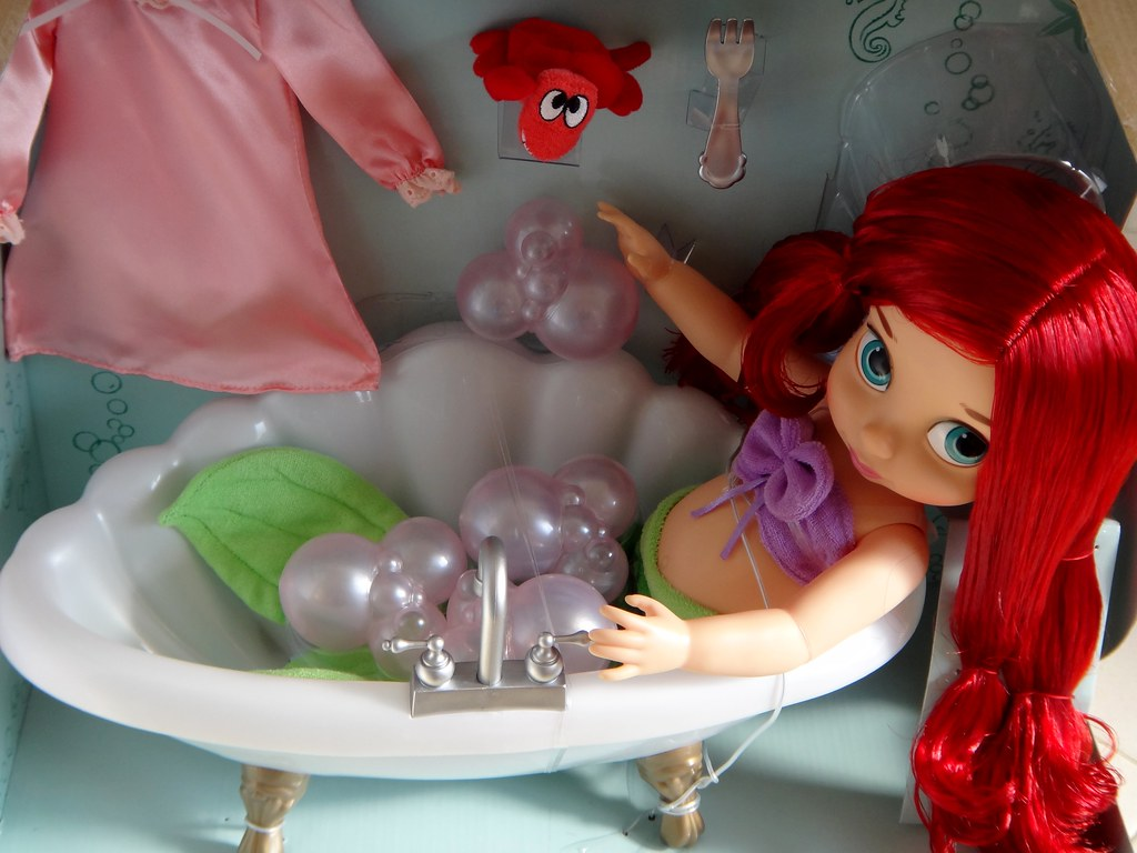 ... Ariel Deluxe Bathtub Gift Set   Disney Animatorsu0027 Collection   First  Look   Deboxing