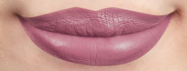 29 Rapunzel Lip Swatch