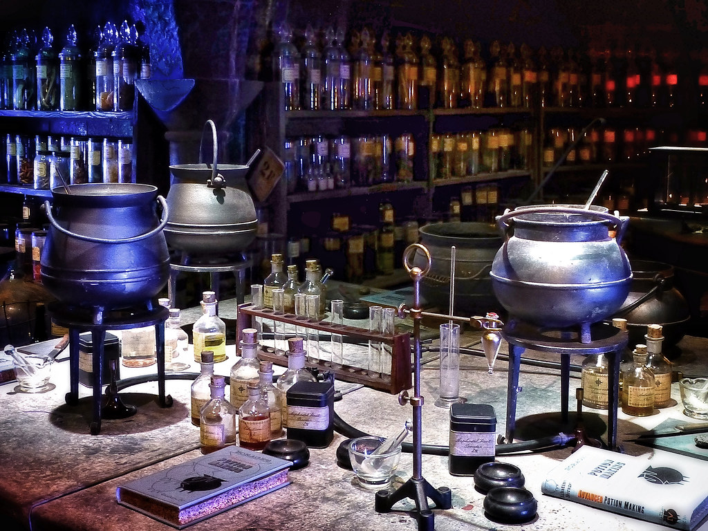 Potion Making | Potion making classroom set at the Harry Pot… | Flickr