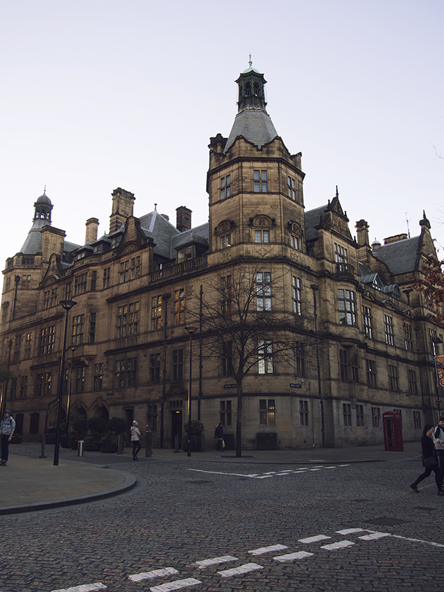 sheffield city guide mercure city swappers uk bristol travel lifestyle blogger cobbled street