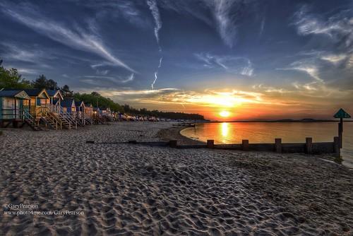 beach hut sunset wellsnextthesea in norfolk gary