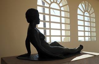 Nu femení de Martí Llauradó, S. XX, bronze