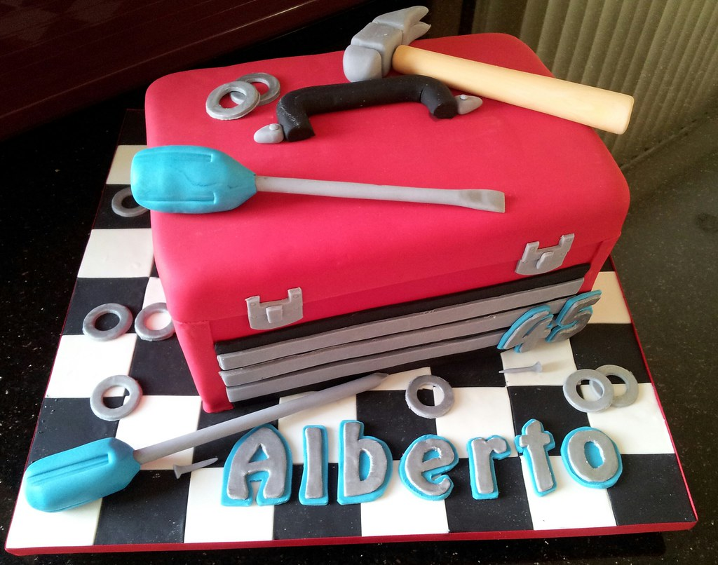 Red Tool Box And Tools Birthday Cake Cakes By Ana Flickr
