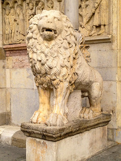 Lion at the Duomo, Modena | by Andy Hay