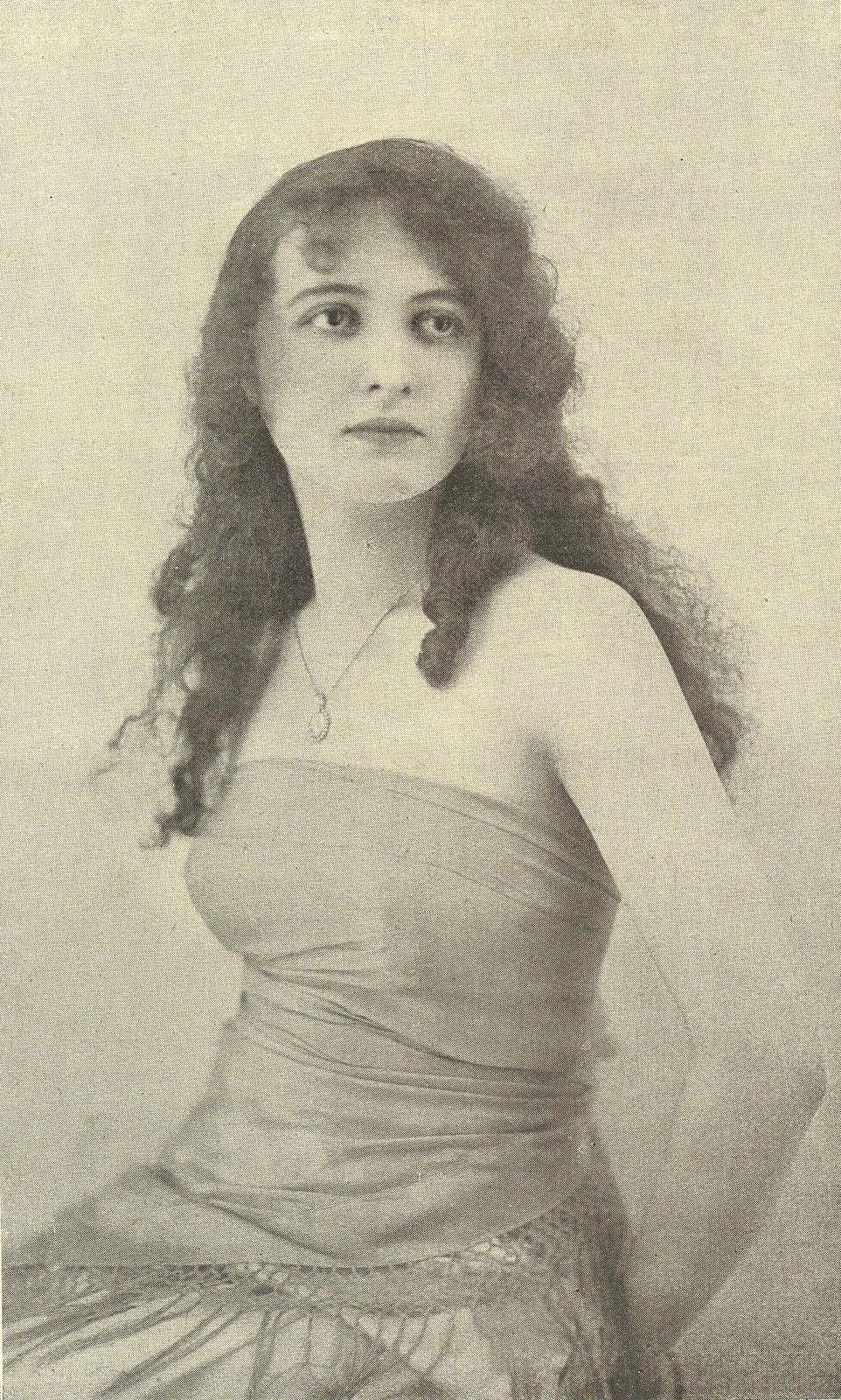 Les 93 meilleures images de Miss France de 1920 à nos