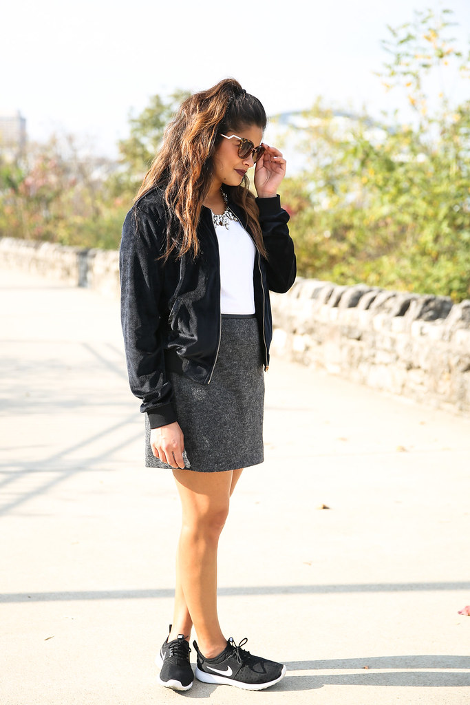 Priya the Blog, Nashville fashion blogger, glam Fall outfit, Nike trainers, Jennifer Lopez inspired outfit