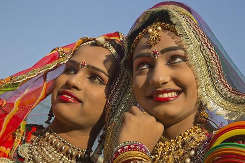 beautiful rajasthani girls in pushkar pushkar camel fair