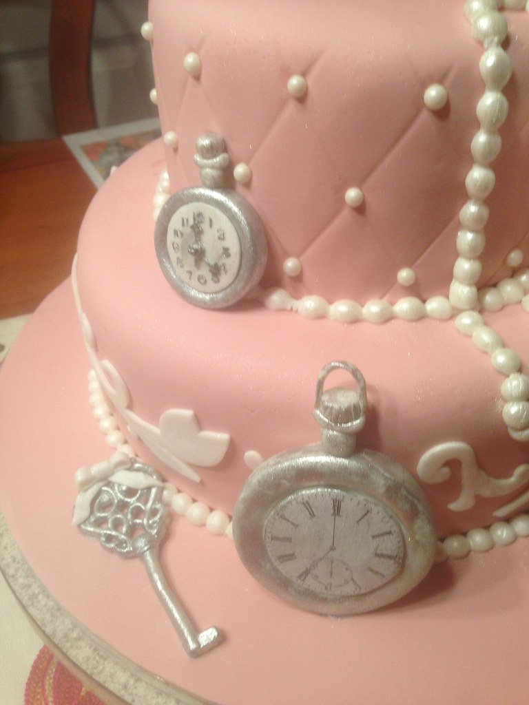 a vintage bridal shower cake by country rumcakes by tania by country rumcakes