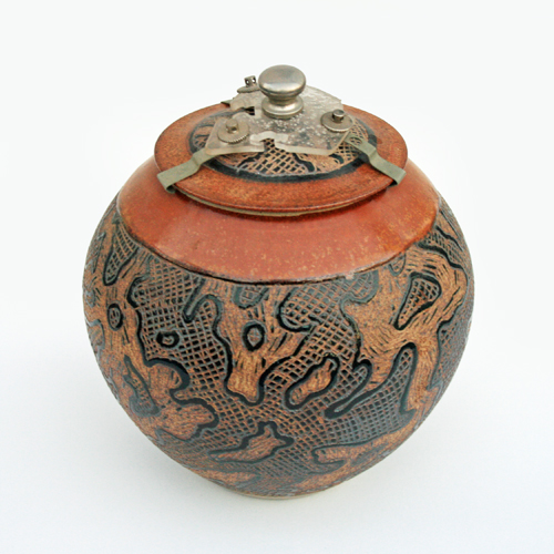 Ray Pearce. Lidded bowl | by Judith(1)