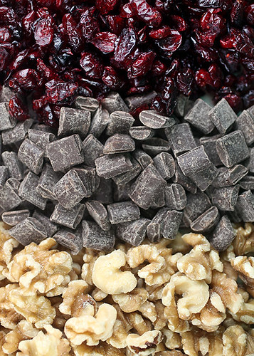 Cranberries, chocolate and walnuts | by Bakerella