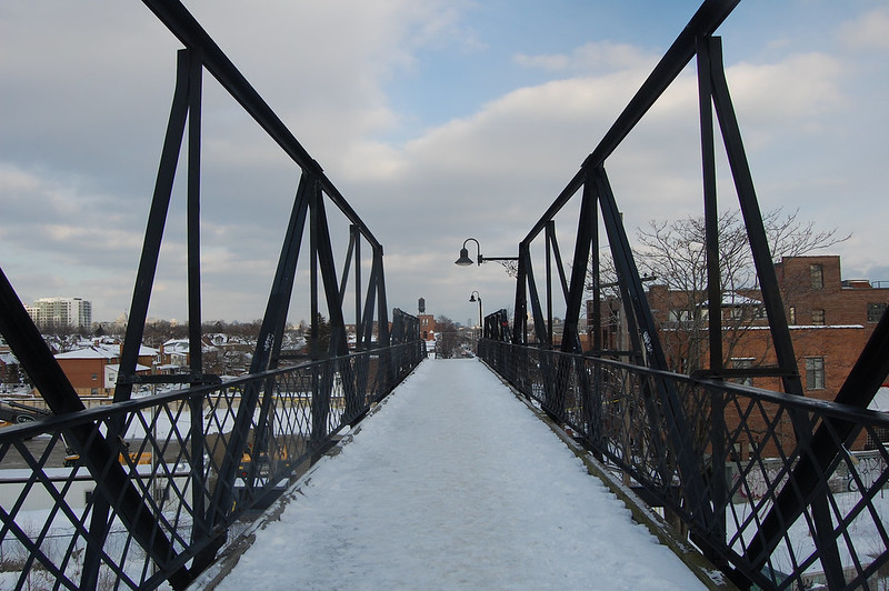 Wallace Avenue footbridge