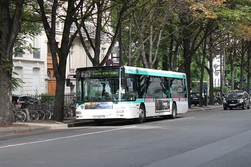 ratp paris bus 9006 28 gare st lazare to porte d 39 orleans flickr. Black Bedroom Furniture Sets. Home Design Ideas