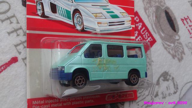 N°243 Ford Transit 30624567745_0514a49bb3_z