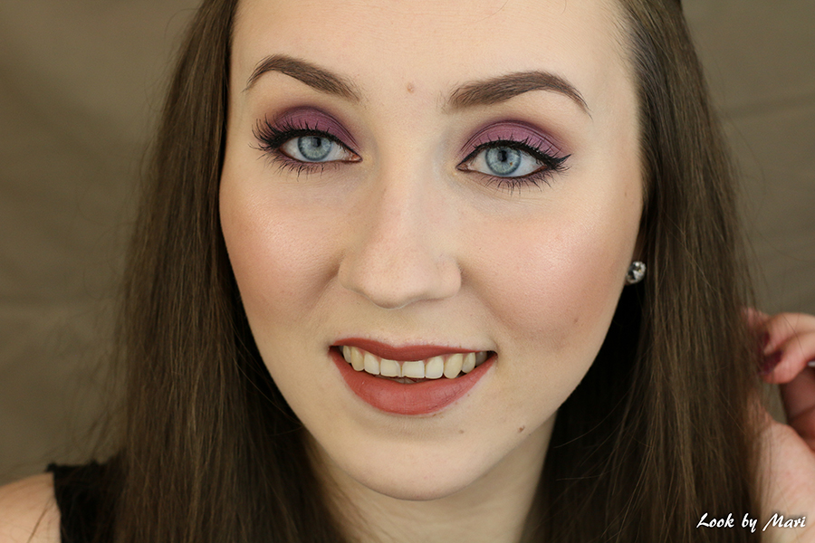 4 syksy meikki lila violetti purppura silmämeikki talvi pikkujoulut