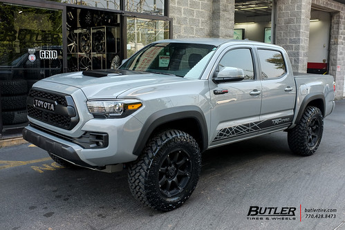 Toyota Tacoma TRD Pro with 18in Black Rhino Glamis Wheels ...