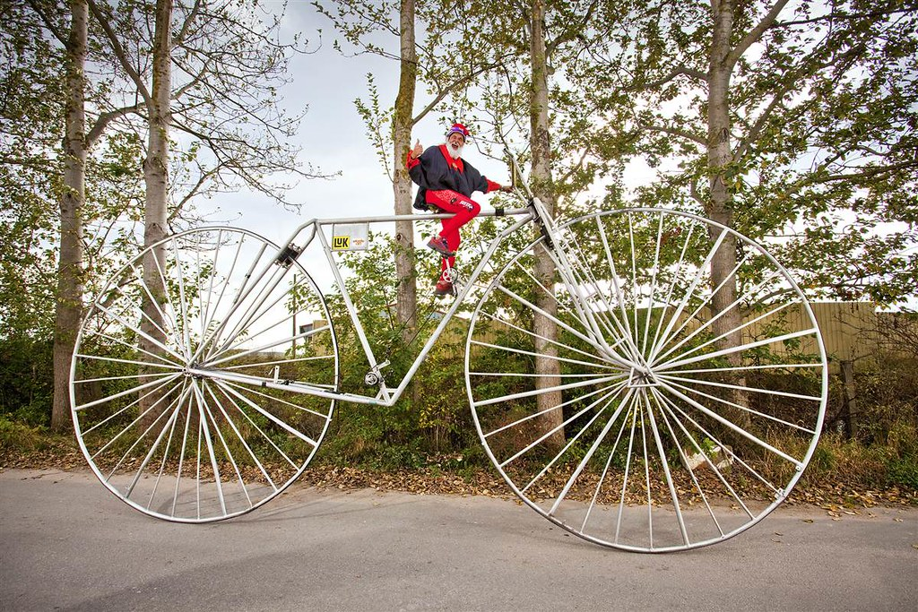 ss-tdy-guinness-2014-largest-bicycle.ss_full
