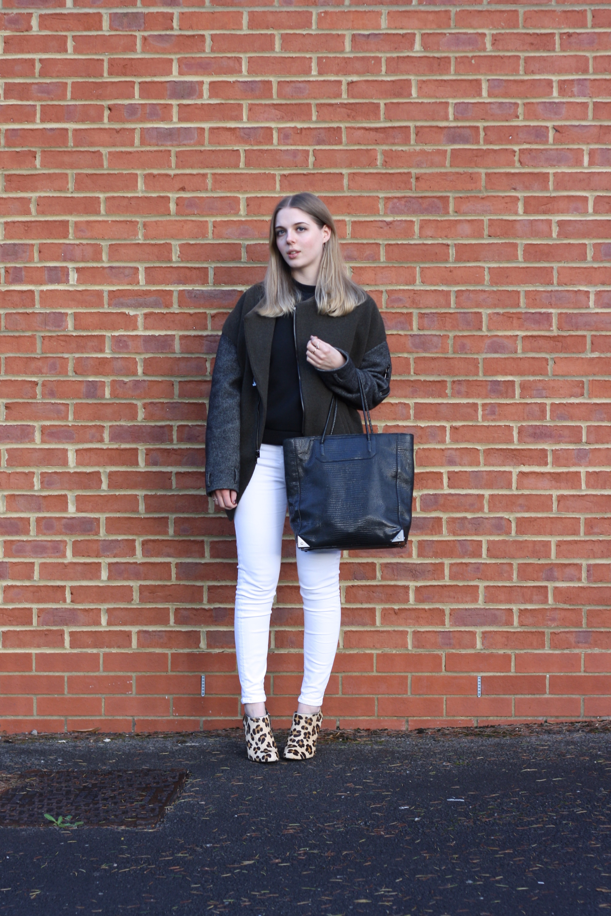 Alexander Wang Prisma tote, Topshop white Jamie jeans and Whistles black neoprene top