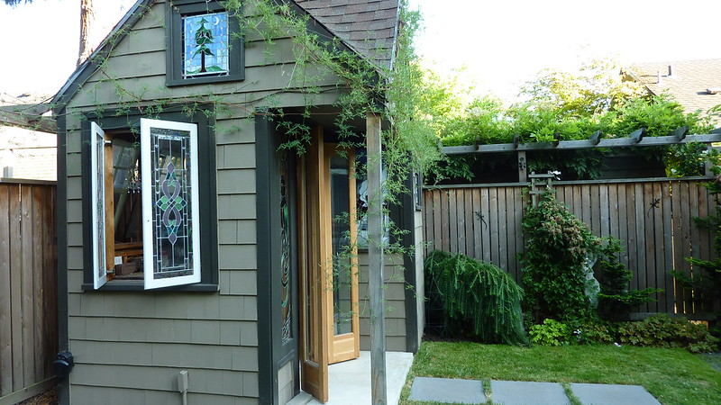Landscape Glass Portland Oregon : Portland oregon garden tour the stained glass shed