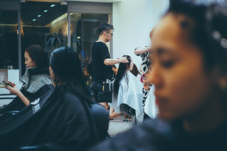 BHD Hair salon|Olympus 25mm f1.2 PRO | by 里卡豆