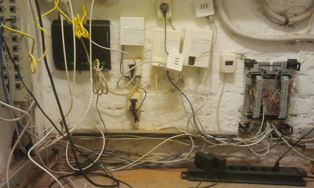 Kabelsalat beim Telefonanschluss ohne IP-Telefonie