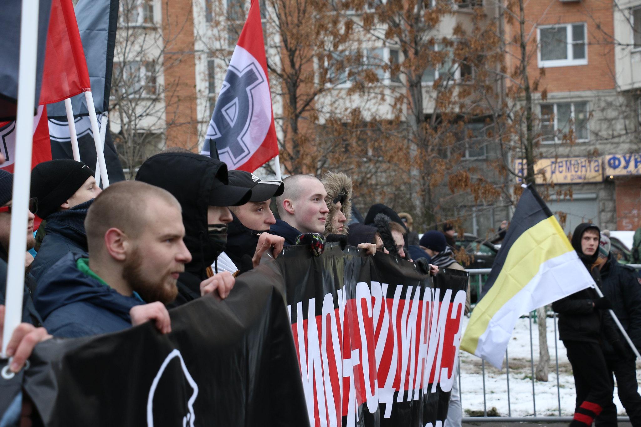 Порно видео русских маршей нашла