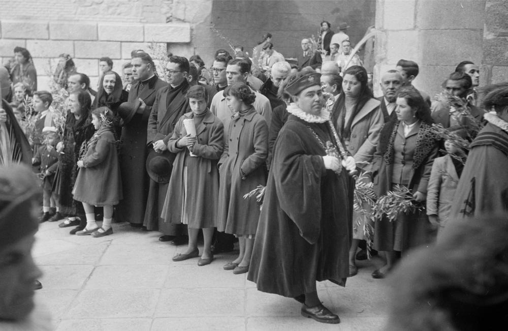 Domingo de Ramos de Toledo en 1949 fotografiado por Paul Almásy © AKG Images