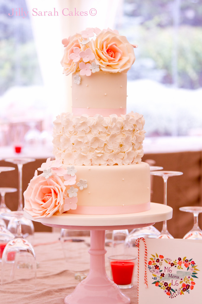 Coral and Pink Wedding Cake | Really enjoyed making this cak… | Flickr