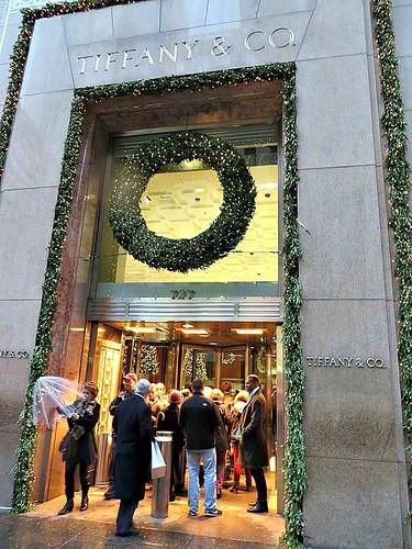 tiffany  u0026 co  at christmas  727 fifth avenue  new york cit