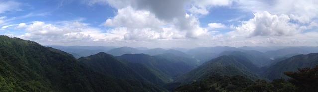 能郷白山 能郷谷登山道 尾根からの眺望