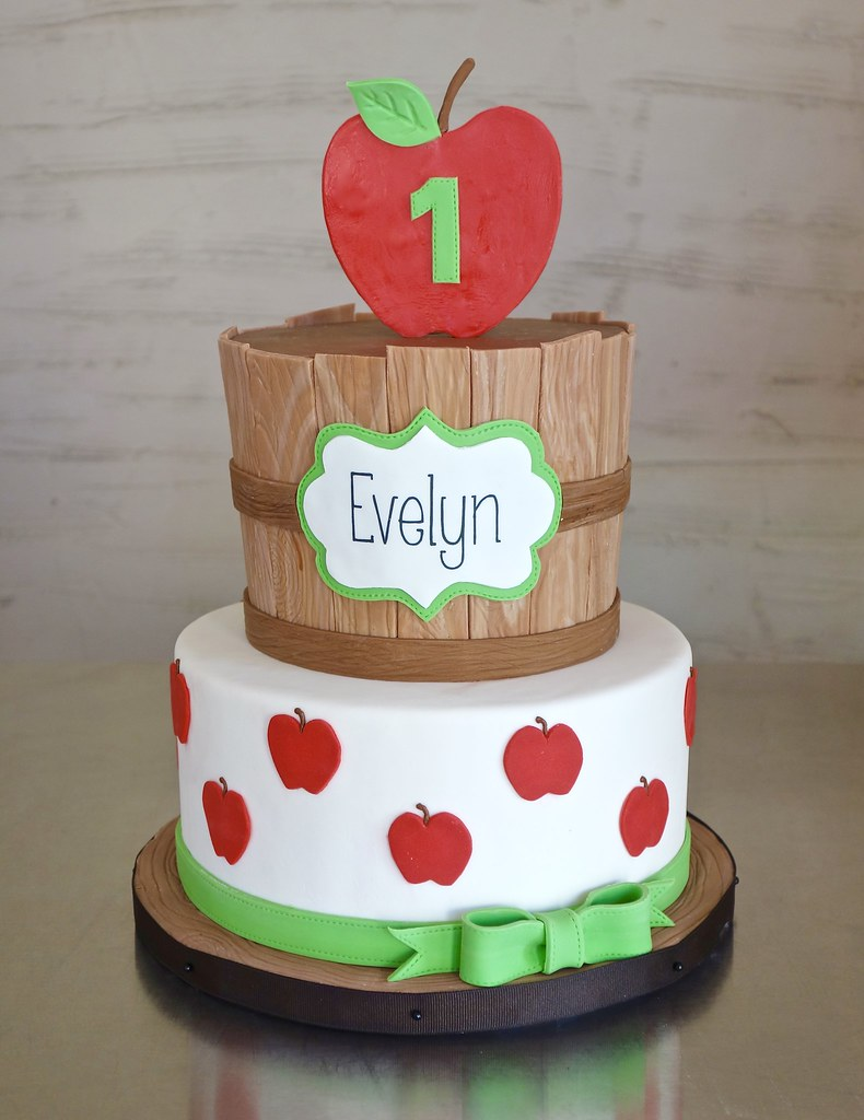 Apple Orchard 1st Birthday Cake For A Birthday Celebrated Flickr