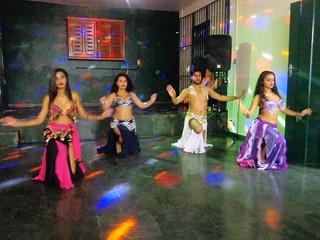 Dança do Ventre no Bar Hora Extra